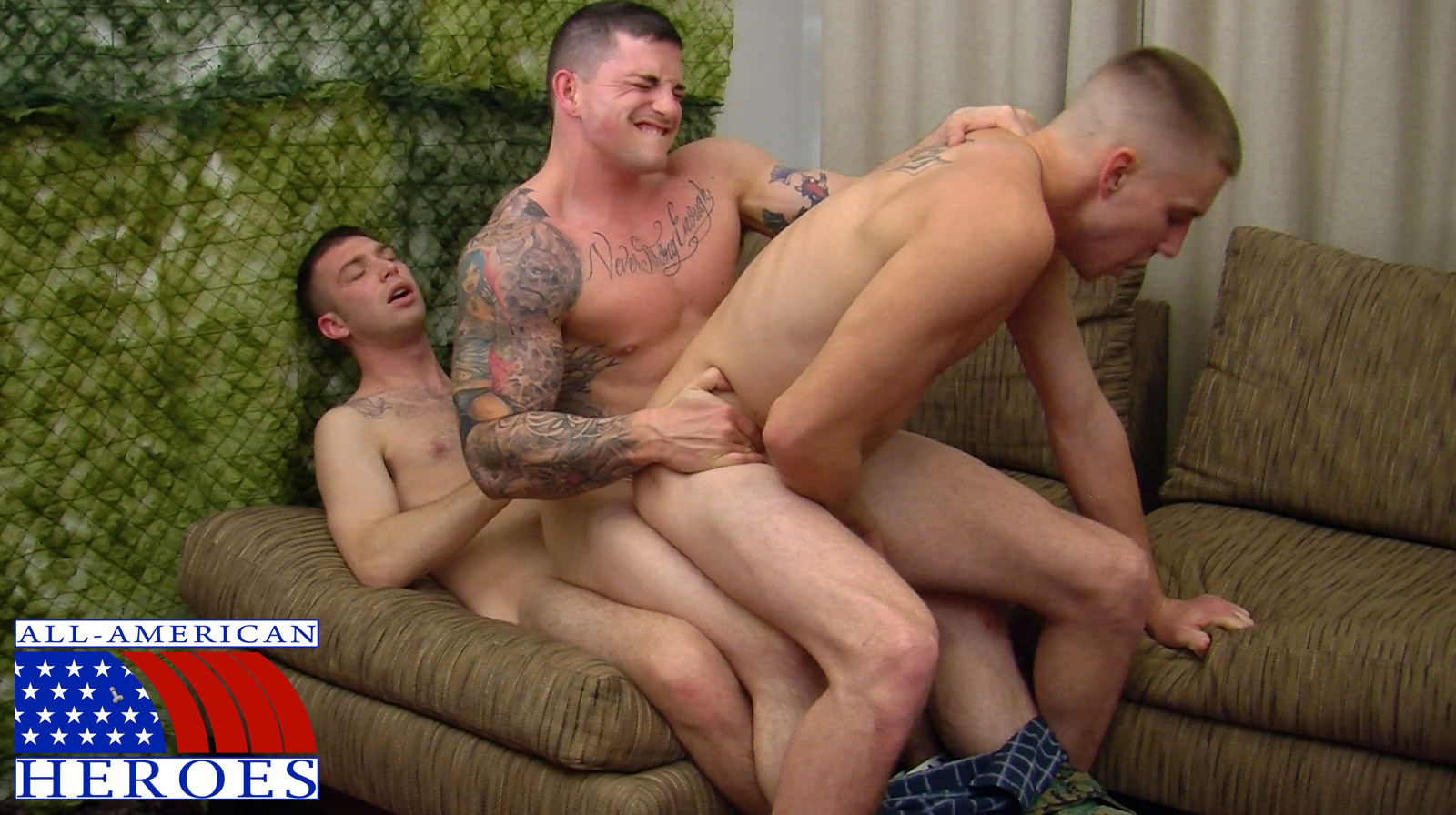 All American Heroes Sergeant Slate Triple fucking big cocks Army guys Amateur Gay Porn 11 Two Real Army Privates Fuck Their Muscle Sergeant and Cum In His Mouth