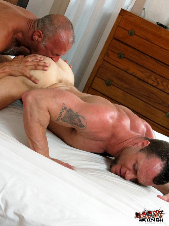 Daddy-Raunch-Coach-Austin-Drew-Sumrok-Daddy-Coach-Fucking-A-Muscle-Jock-Amateur-Gay-Porn-10 Hairy Daddy Coach Fucks A Younger Jock Bareback and Hard