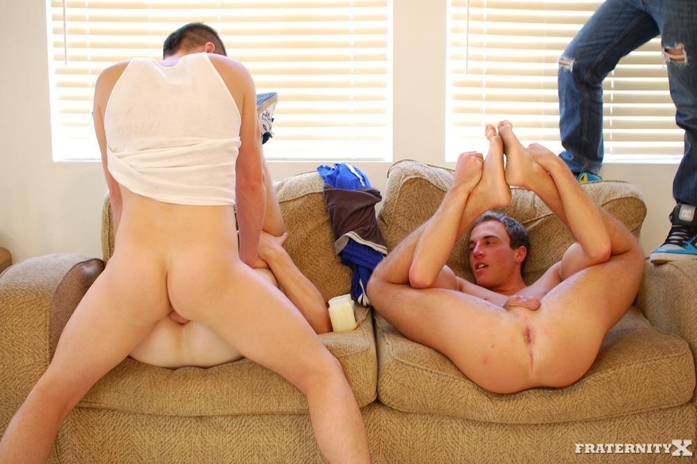 FraternityX Straight Fraternity Boys Jensen and Kev and Angelo Bareback For The First Time Amateur Gay Porn 31 Amateur Straight Fraternity Boy Three Way; Taking Bareback Cock For The First Time