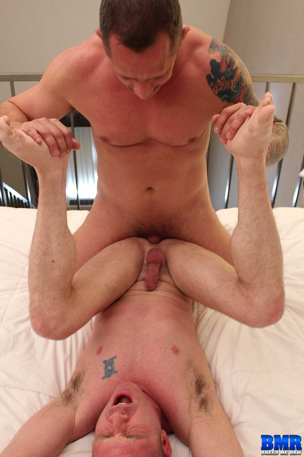Breed-Me-Raw-Patrick-O-Connor-and-Kyle-Savage-Bareback-Daddy-Amateur-Gay-Porn-10 Tatted Muscle Daddy Breeds A Younger Stud Bareback