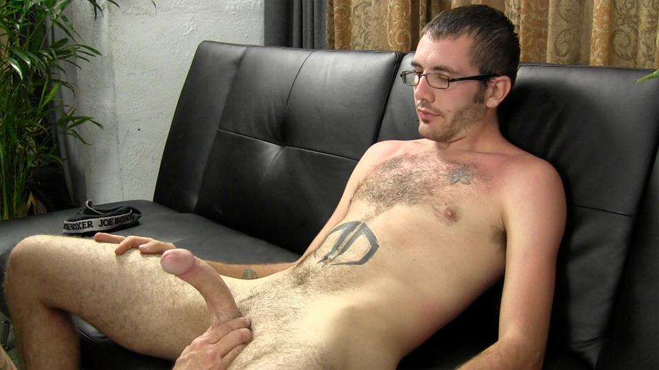 Straight Fraternity Reese Straight Young Guy Barebacking a Hairy Muscle Daddy Amateur Gay Porn 13 Amateur Young Straight Guy Barebacks a Hairy Muscle Daddy