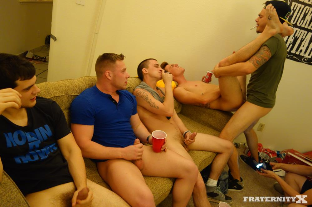 Fraternity-X-Brad-Frat-Guys-With-Big-Cocks-Fucking-Bareback-Amateur-Gay-Porn-14 Stoned and Drunk Frat Guys Bareback Gang Bang A Freshman Ass