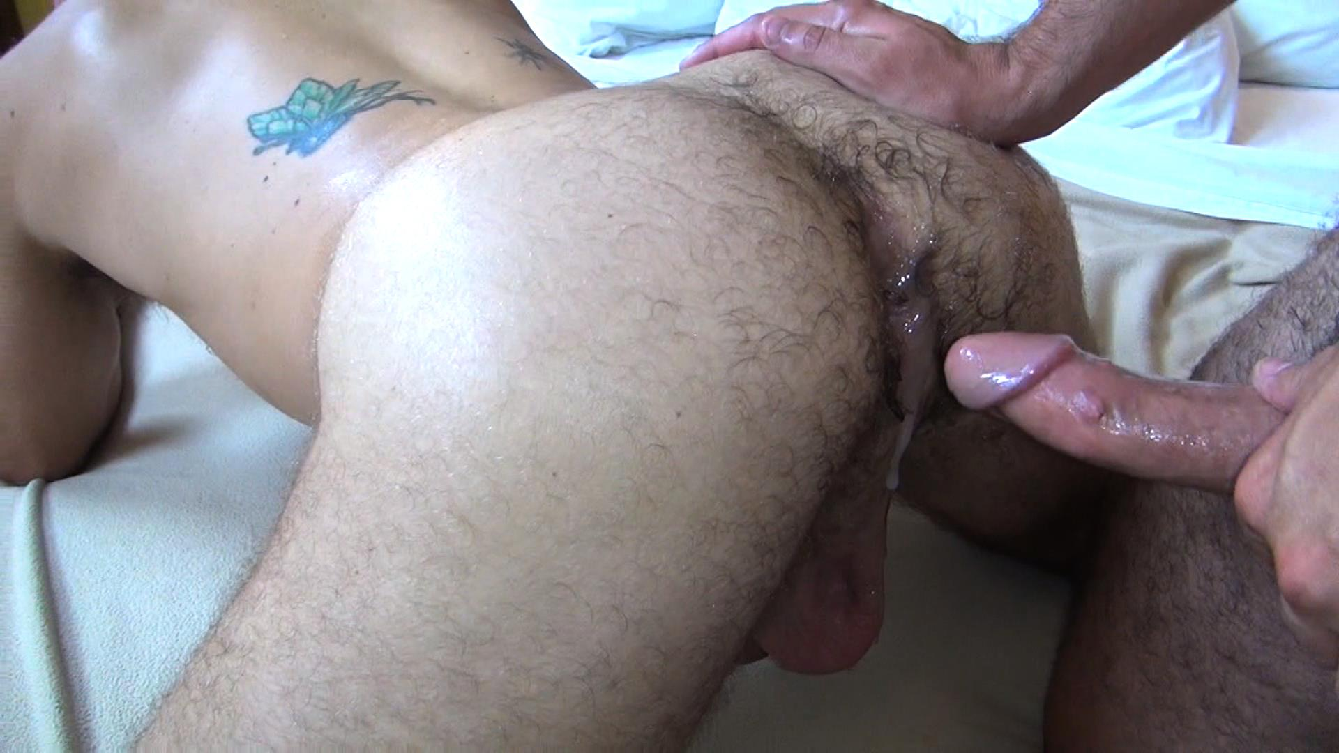 gay porn travis stevens jerk off green t shirt