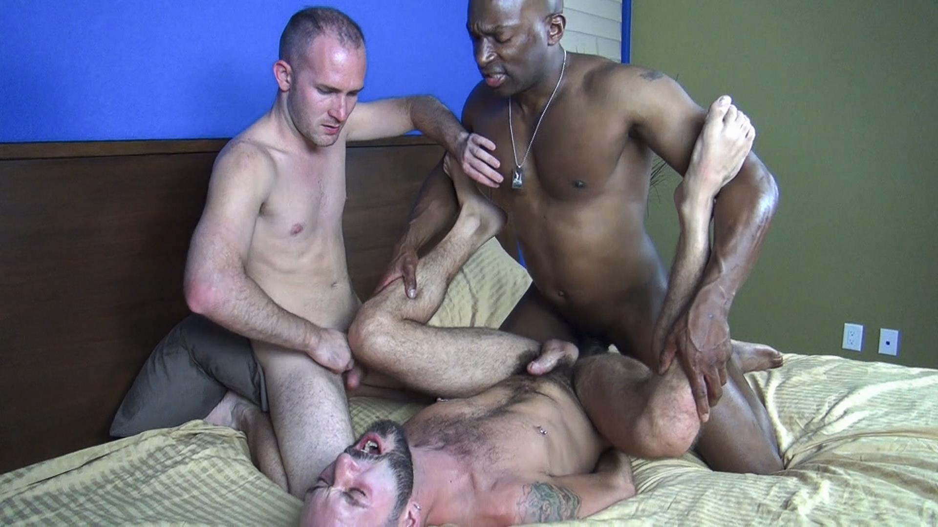 Raw Fuck Club Ethan Palmer and Champ Robinson and Trit Tyler Bareback Interrical Amateur Gay Porn 04 Champ Robinson Shares His Big Black Dick With 2 White Guys