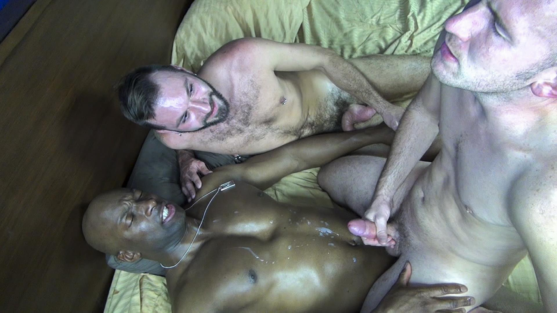 Raw Fuck Club Ethan Palmer and Champ Robinson and Trit Tyler Bareback Interrical Amateur Gay Porn 06 Champ Robinson Shares His Big Black Dick With 2 White Guys
