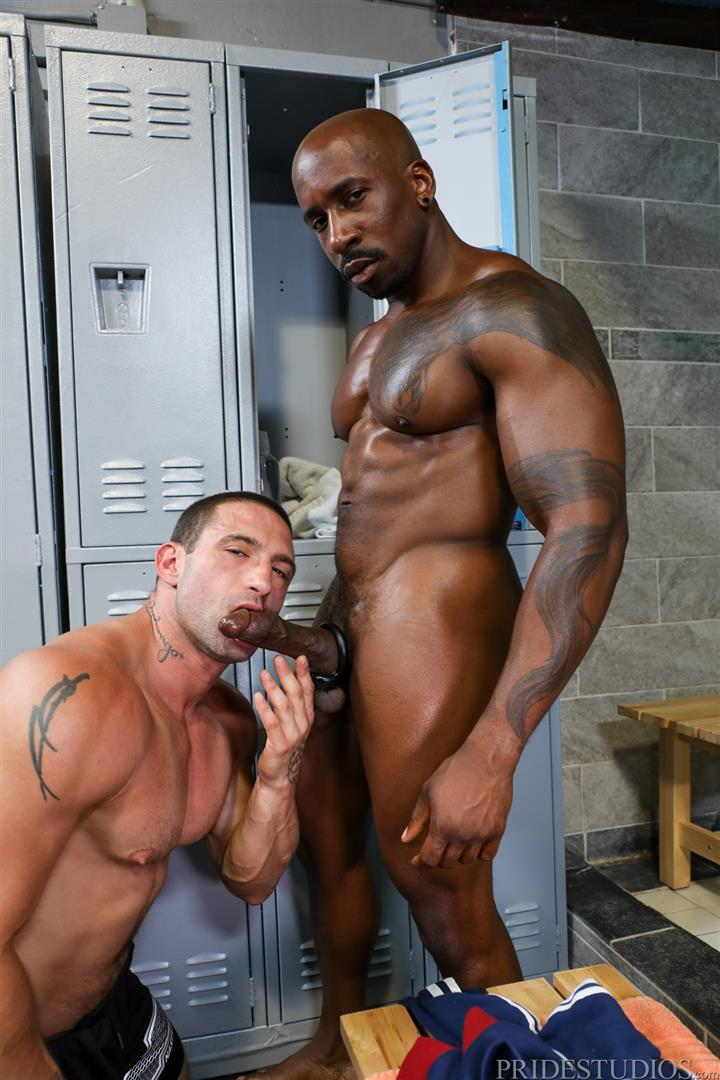Extra-Big-Dicks-Max-Konnor-and-Ceasar-Ventura-Interracial-Bareback-Fucking-Big-Black-Cock-05 Cruising For Bareback Big Black Dick At The Gym