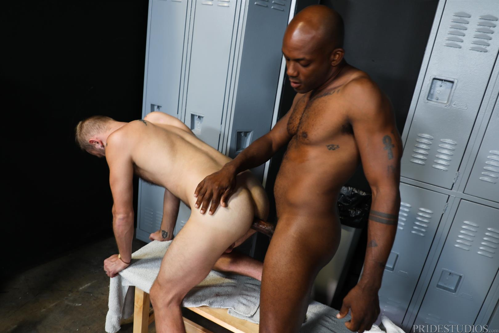 Extra-Big-Dicks-Osiris-Blade-and-Chandler-Scott-Interracial-Bareback-Fucking-13 Osiris Blade Bareback Fucking Chandler Scott With His Big Black Dick