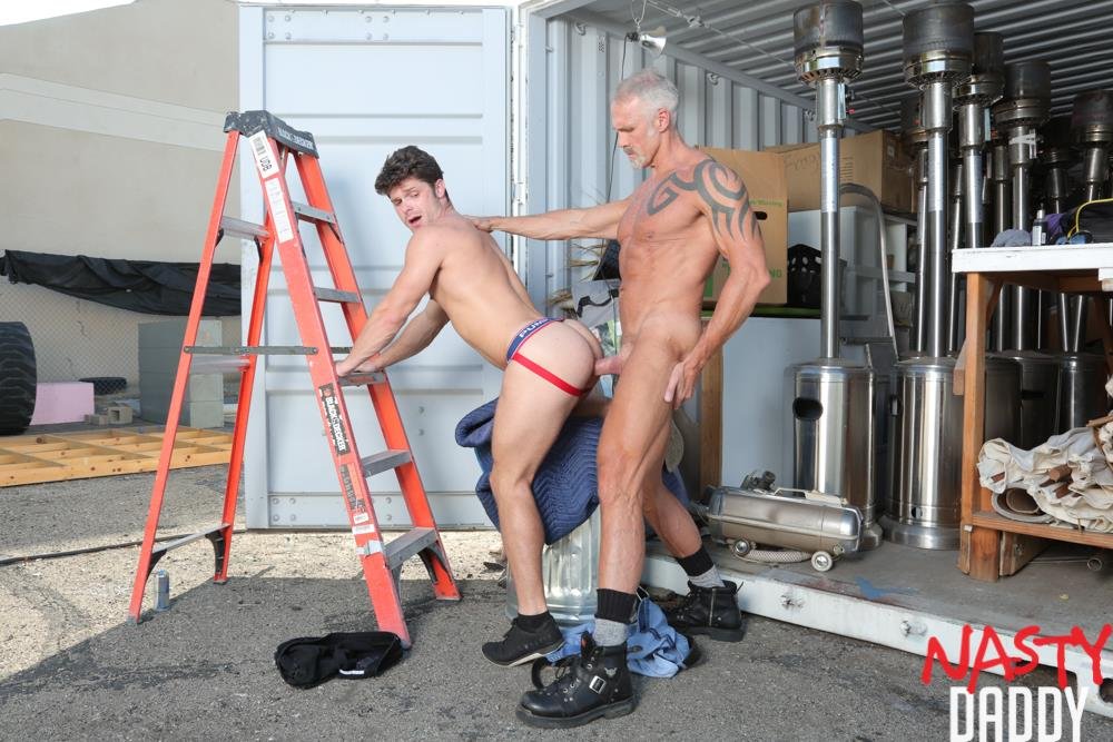 Nasty-Daddy-Dallas-Steele-and-Devin-Franco-Big-Dick-Daddy-Bareback-Gay-Sex-Video-08 Pig Trainer Daddy Dallas Steele Gives Devin Franco Hard Lessons