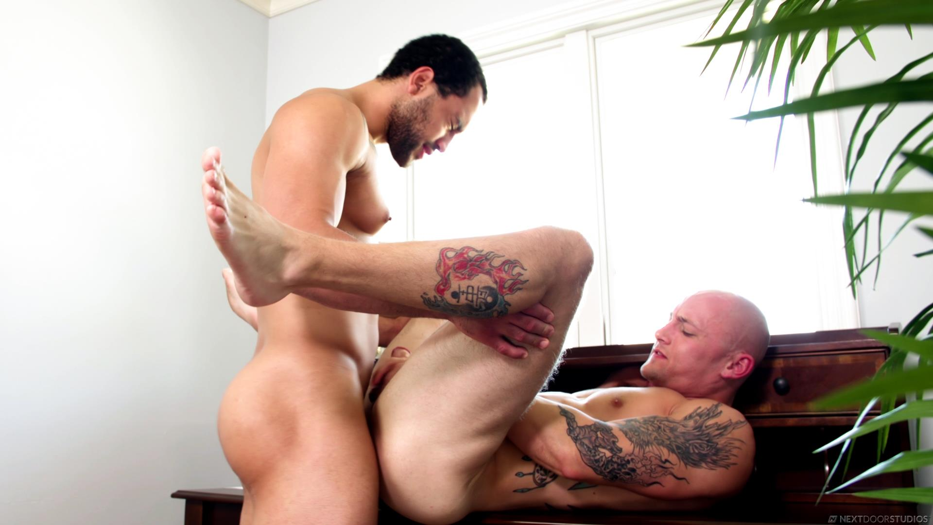 Next-Door-Buddies-Trevor-Laster-and-David-Rose-Bareback-Muscle-Flip-Fuck-Video-12 Bareback Flip Muscle Fuck With Trevor Laster and David Rose
